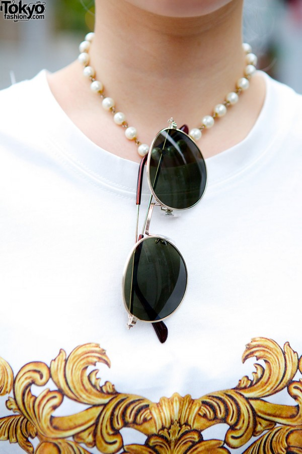 Pearl Necklace & Sunglasses