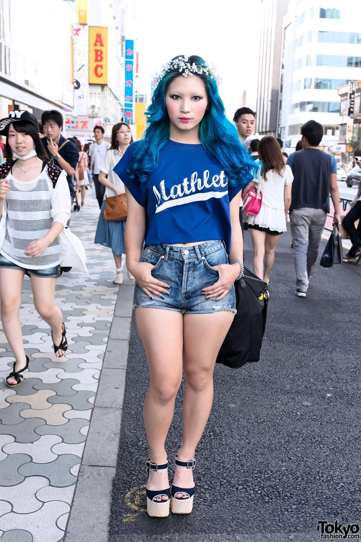 Yeji Jo In Harajuku W Blue Hair Flower Crown Piercings