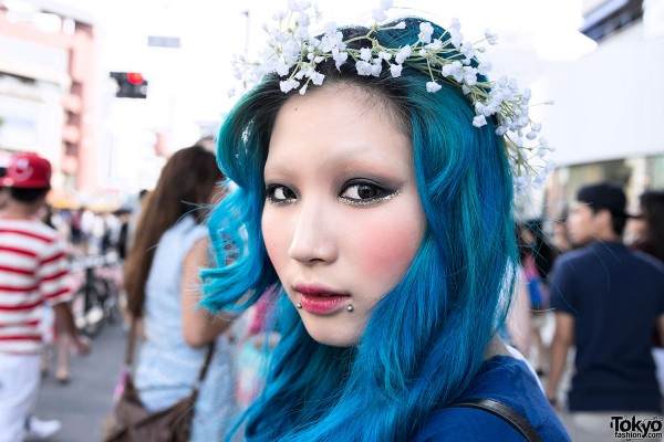 Blue Hair & Pretty Harajuku Makeup