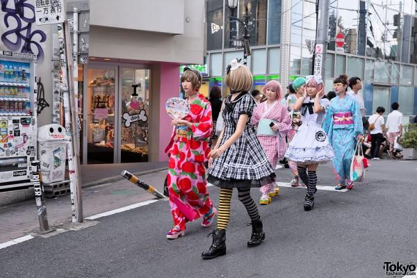 Harajuku Fashion - Kumamiki x Putumayo (5)