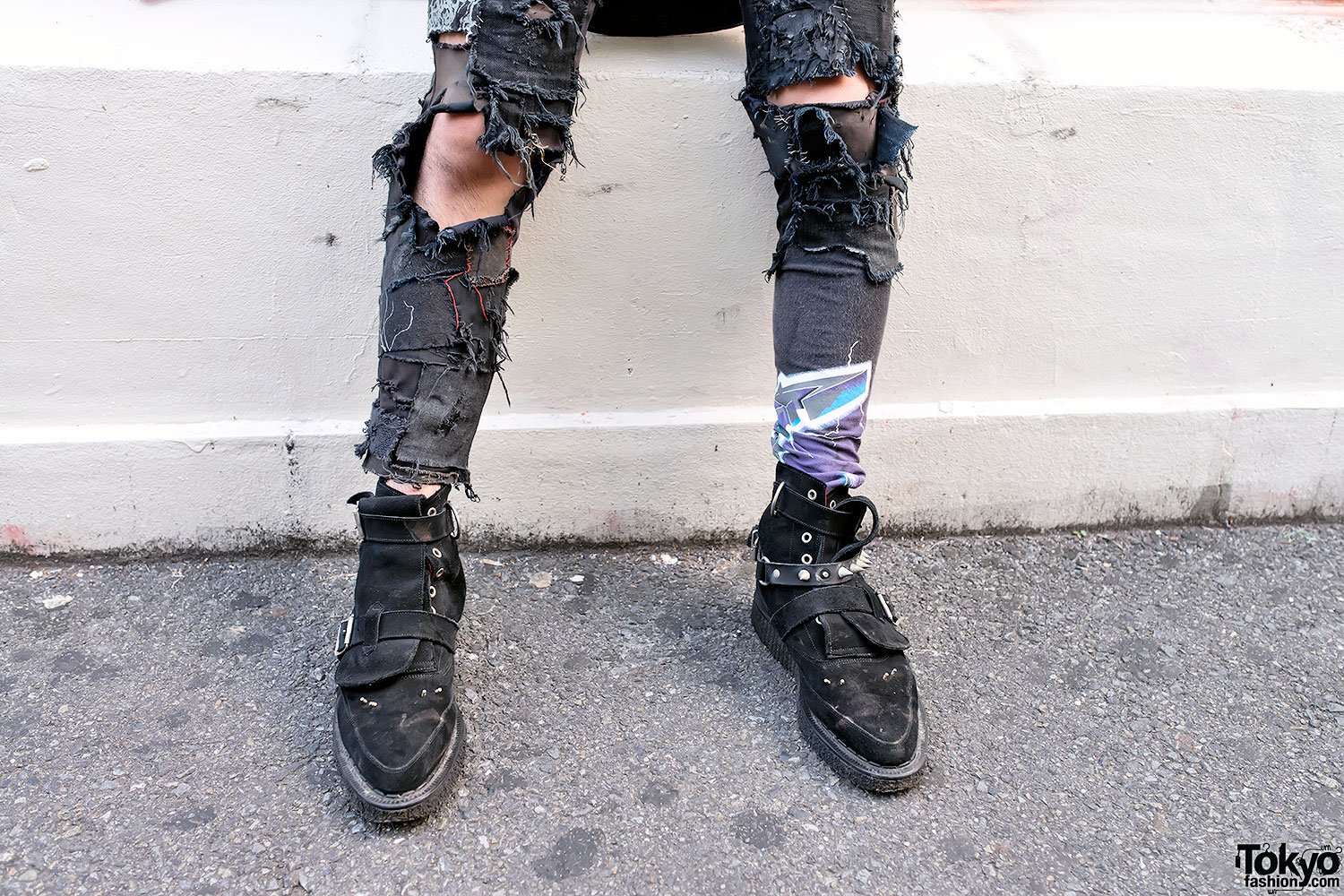 black ripped jeans « Kanye West Forum