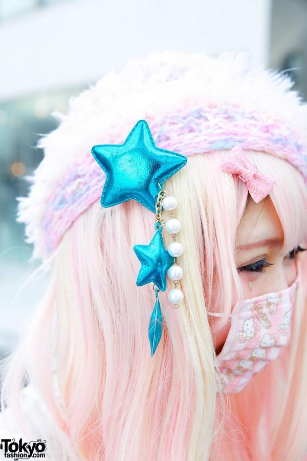 Blue 6%DOKIDOKI Stars Hair Clip & Pink Hair