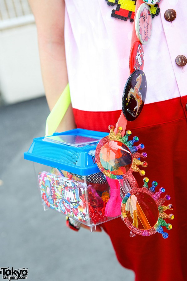 Sunglasses, Plastic Purse & Pins