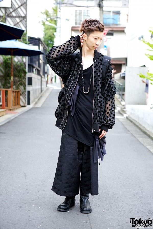 Monomania Harajuku Staffer w/ All Black Fashion & Mohawk Skull Ring