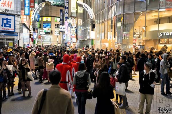 Halloween in Japan - Shibuya (87)