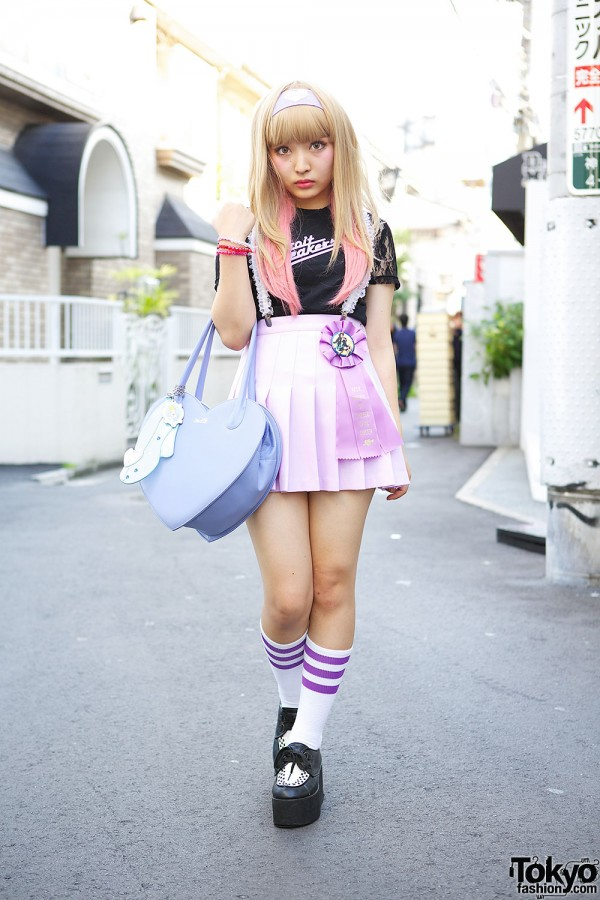 Kawaii Harajuku Style w/ Pink Hair, Pleated Skirt, Lace Suspenders & Katie