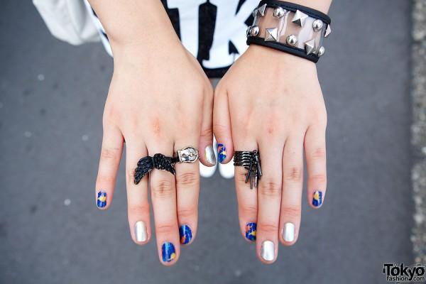 Monomania Rings & Nail Art