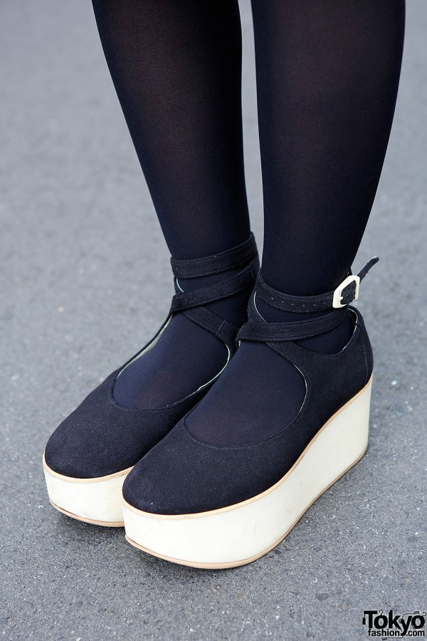Belly Button Rocking Horse Shoes