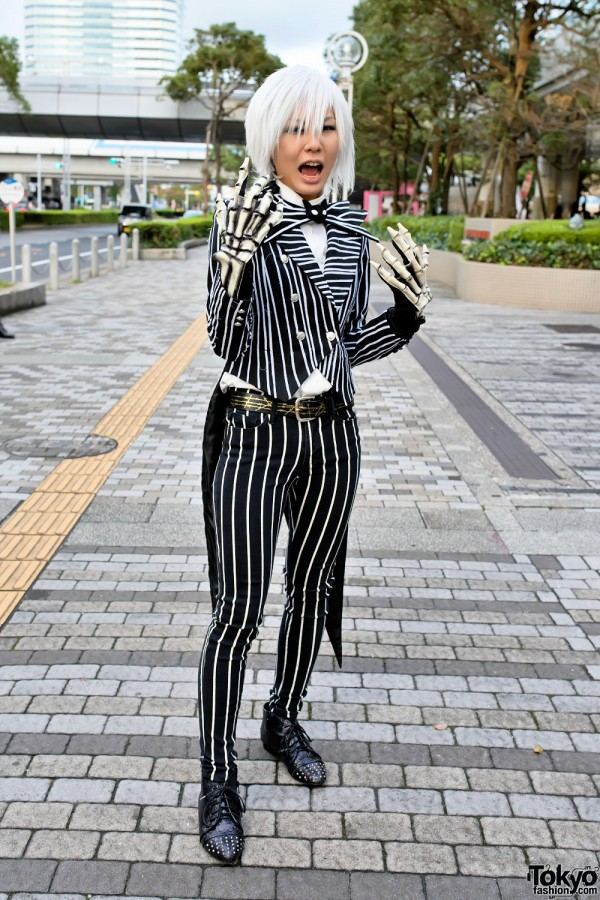 VAMPS Halloween Party Costumes in Tokyo (11)