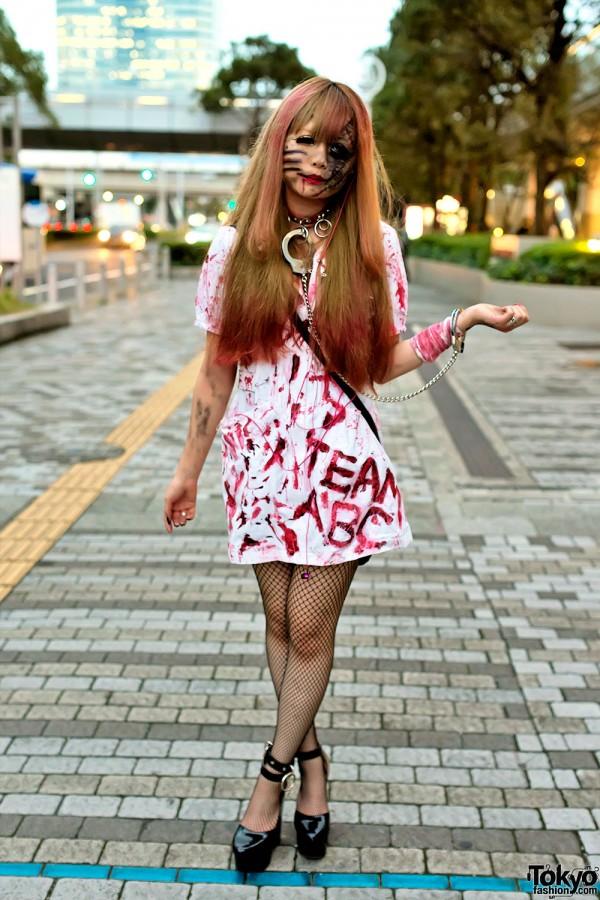 VAMPS Halloween Party Costumes in Tokyo (80)