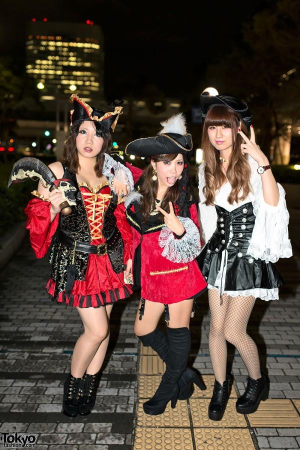 VAMPS Halloween Party Costumes in Tokyo (111)