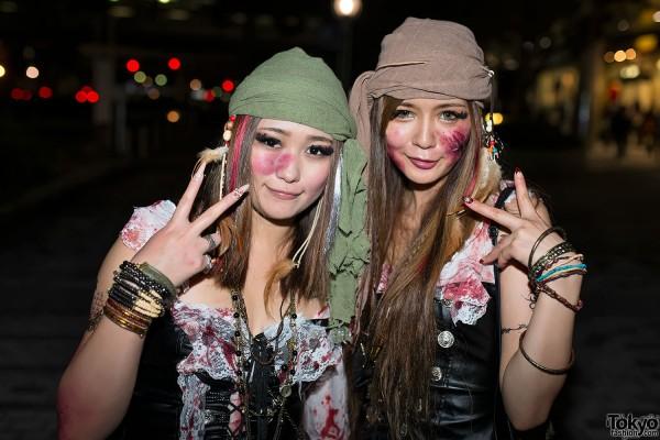 VAMPS Halloween Party Costumes in Tokyo (114)