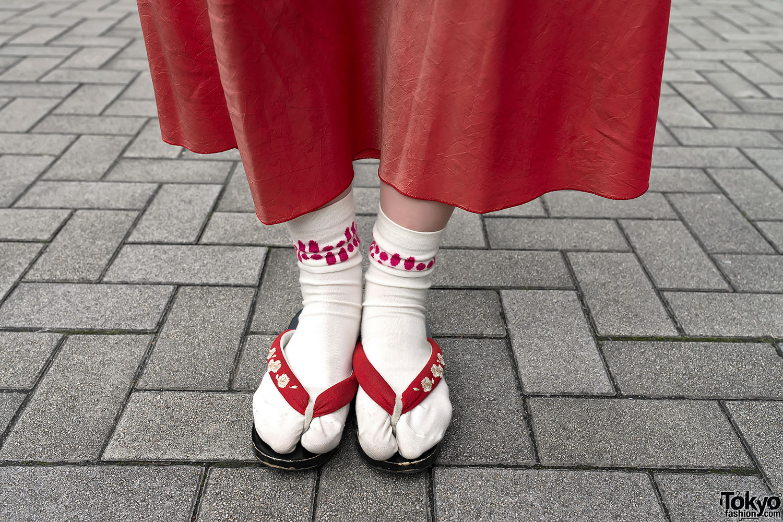 Japanese Sandals With Socks Tokyo Fashion News