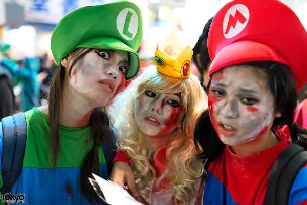Japan Halloween Costumes (8)