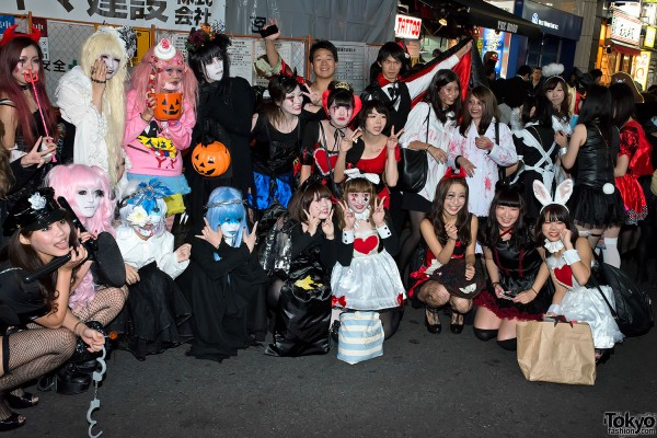 Japan Halloween Costumes (10)