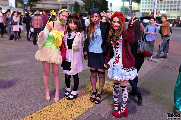 Japan Halloween Costumes (37)