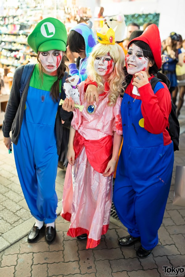 Japan Halloween Costumes (80)
