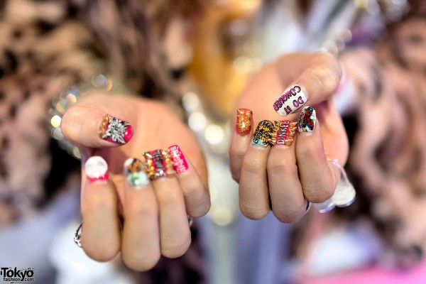 Japanese Nail Art With Spikes