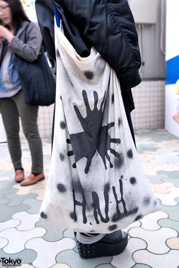 Huge Graphic HNH Tote Bag in Harajuku