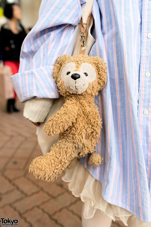 Cute Teddy Bear Street Style