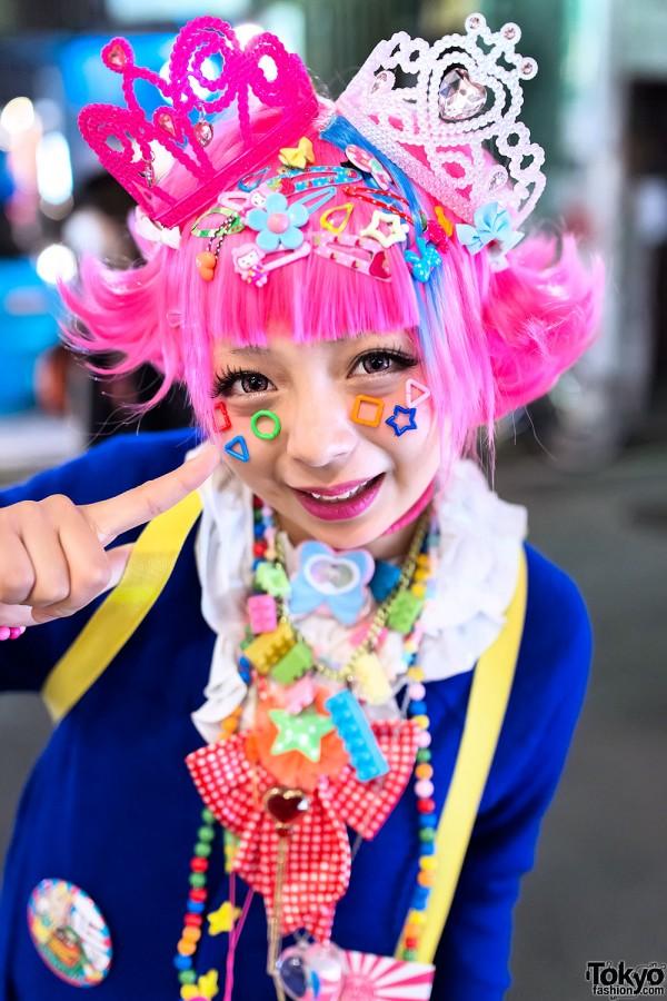 Pink-haired Harajuku Decora