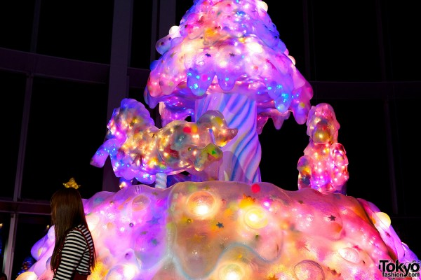 Melty Go-Round Christmas Tree in Tokyo (14)
