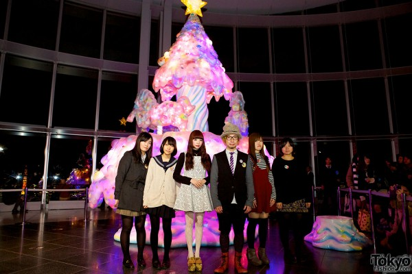 Melty Go-Round Christmas Tree in Tokyo (18)