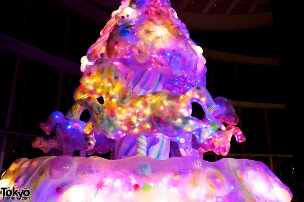 Melty Go-Round Christmas Tree in Tokyo (20)