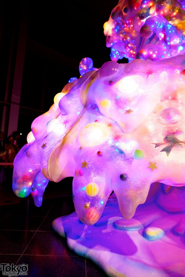 Melty Go-Round Christmas Tree in Tokyo (21)