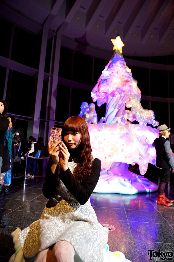 Melty Go-Round Christmas Tree in Tokyo (24)