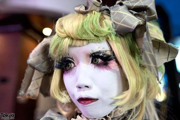 Minori in Harajuku With Shironuri Makeup