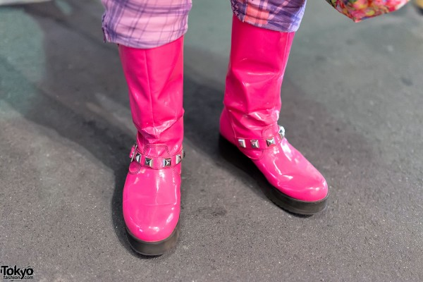 Pink Super Lovers Boots in Harajuku