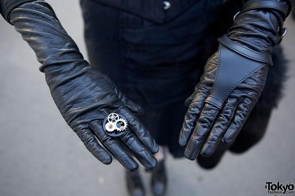 Gothic Gloves & Ring