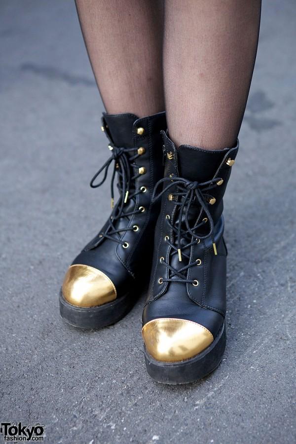 LB-03 Gold Toe Boots