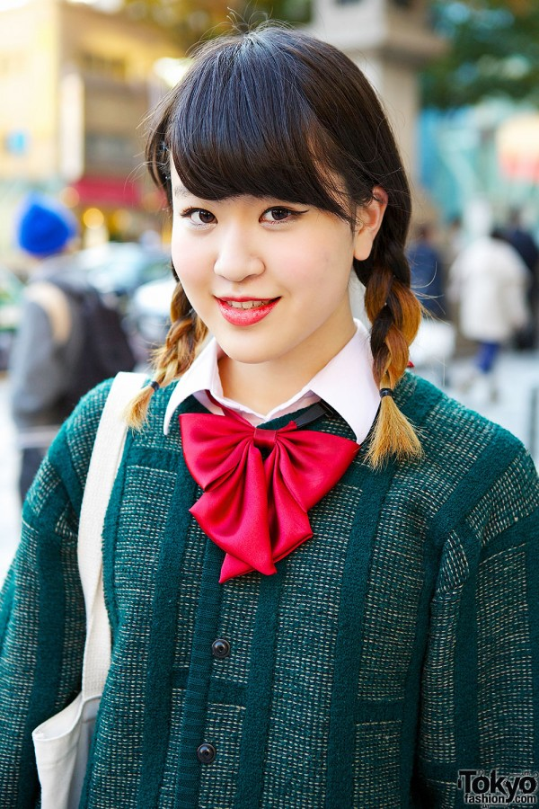 Red Bow & Green Cardigan