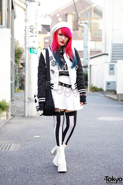Lisa13 in Harajuku