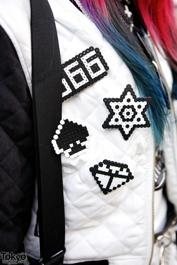 Black and White Plastic Pins