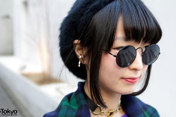 Round Sunglasses & Beret