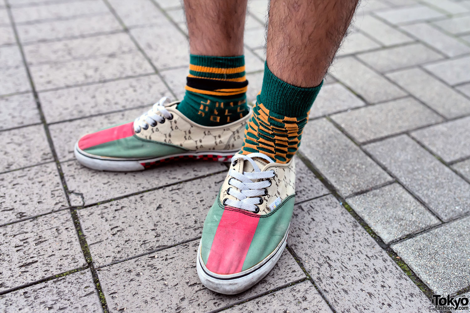 60e3670062d03 Hi-top Fade, Gold Chains & 1980s Hip Hop-inspired Street Style