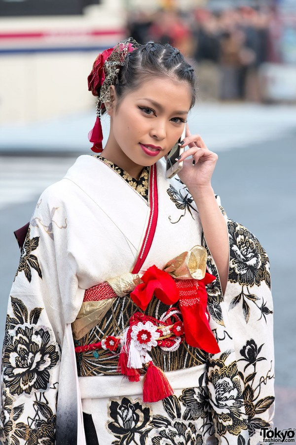 Coming of Age Day Kimono in Japan (18)