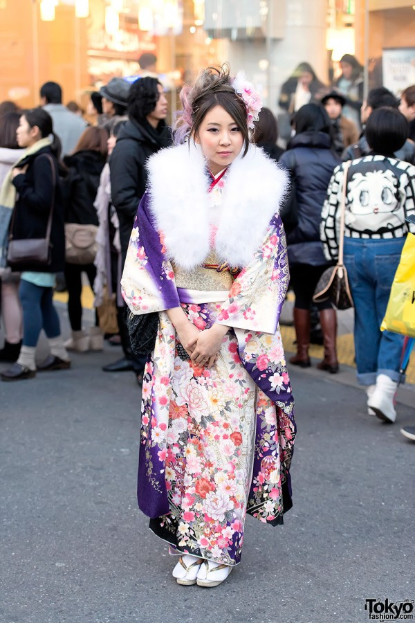 Coming of Age Day Kimono in Japan (92)