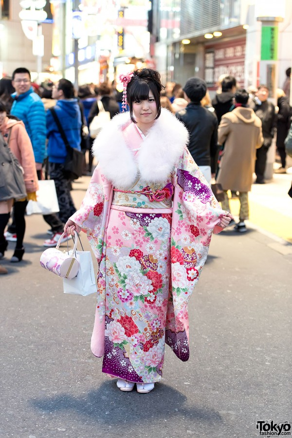 Coming of Age Day Kimono in Japan (94)