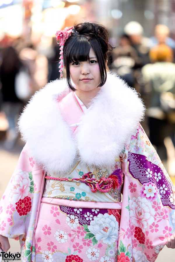 Coming of Age Day Kimono in Japan (95)