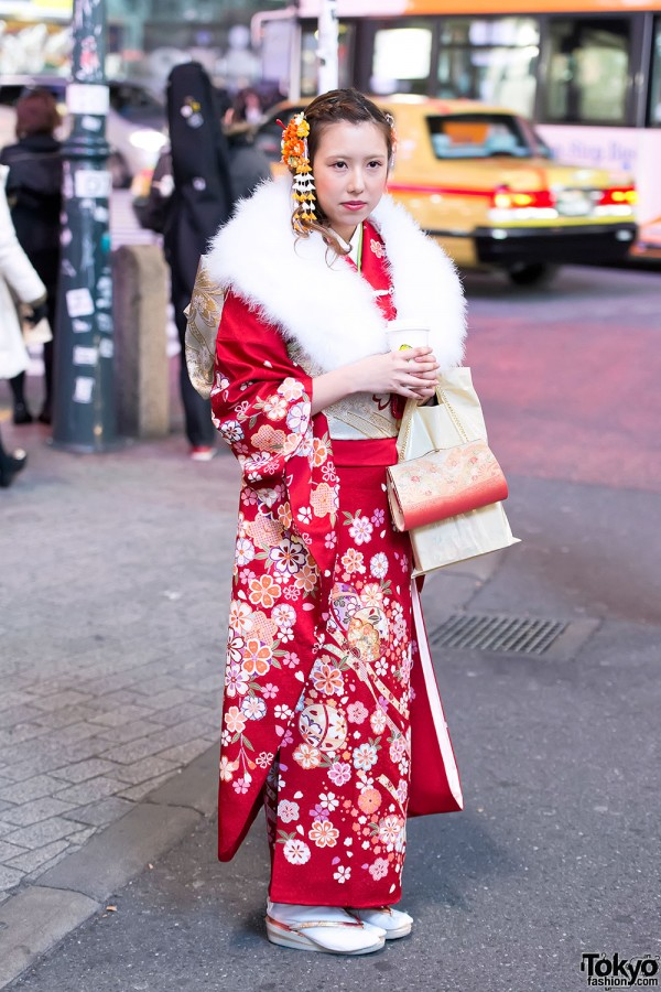 Coming of Age Day Kimono in Japan (114)