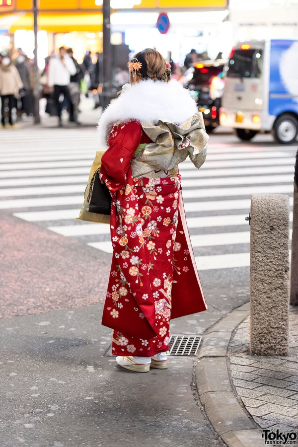 Coming of Age Day Kimono in Japan (116)