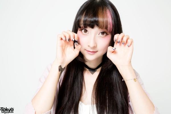 RinRin Doll's Sweet Pink & Brown Makeup