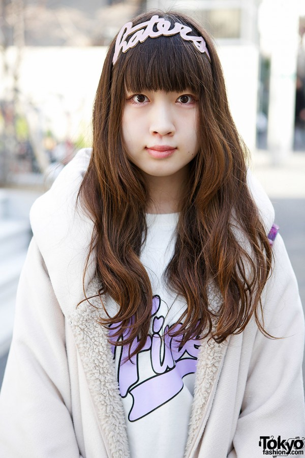 Harajuku Girl in Nice Claup Sweatshirt