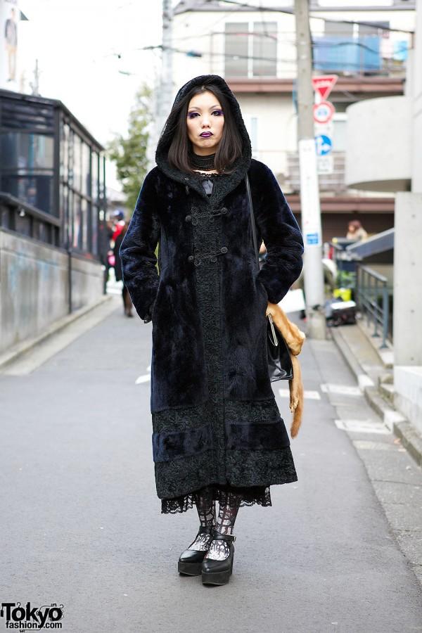 Gothic Harajuku Style w/ Antique Coat, Purple Makeup, Kazuko Ogawa & Alice Auaa