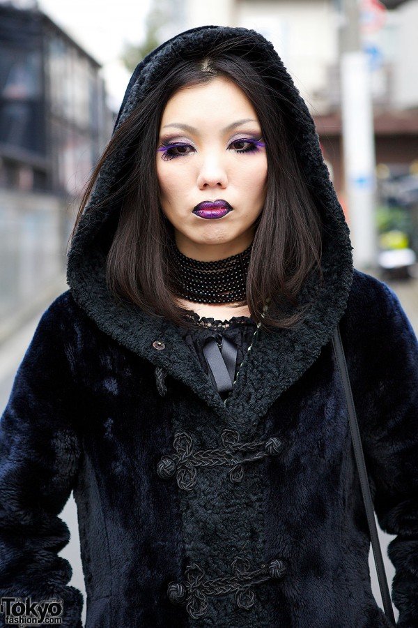 Purple Makeup & Lipstick