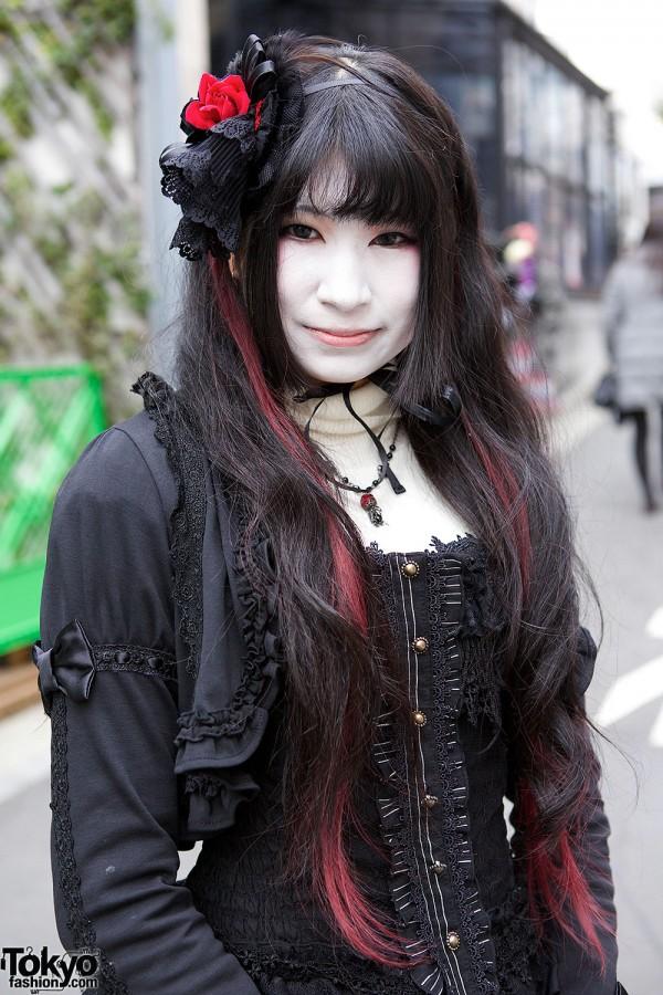 Harajuku Shironuri in Black Corset